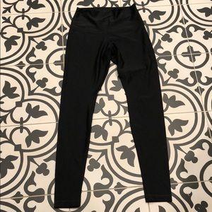 Black Shiny LuluLemon Legging Size 8